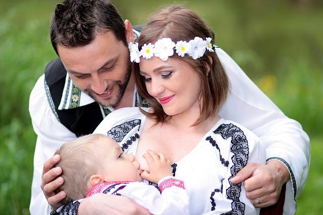 Il latte materno è la dieta corretta per il tumore in un neonato