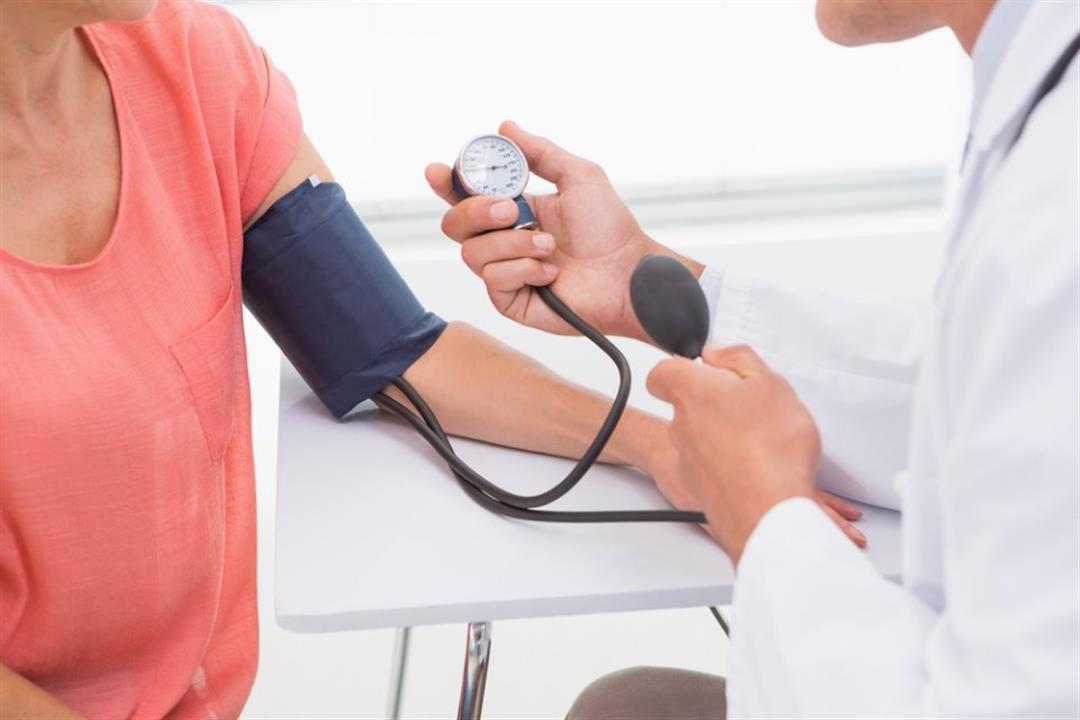 Uno dei sintomi iin menopausa è l'ipertensione