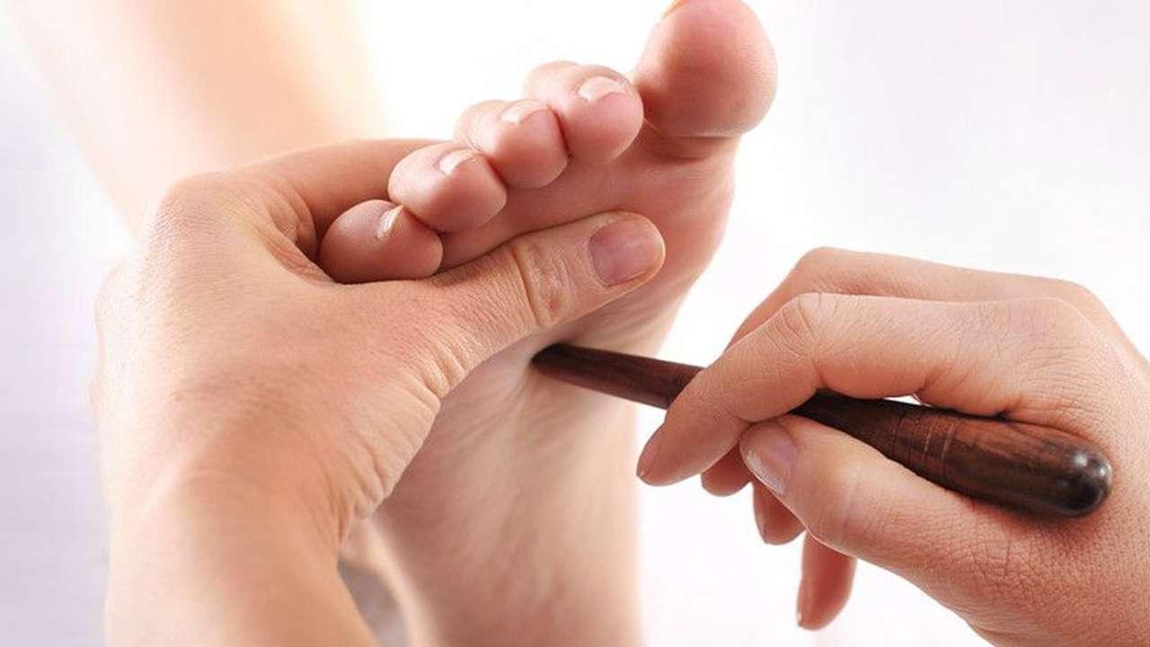 Riflessologia plantare Tai per il massaggio del piede